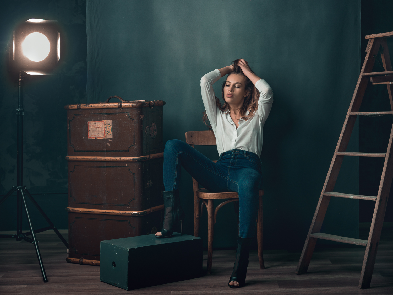 Katia in the PICZ studio